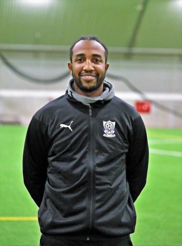 Walter Moore on FC Unitedin uusi valmentaja.