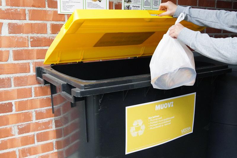Pakkausmuovin lajittelu on otettu hyvin vastaan Kalajoen, Nivalan ja Ylivieskan taloyhtiöissä.