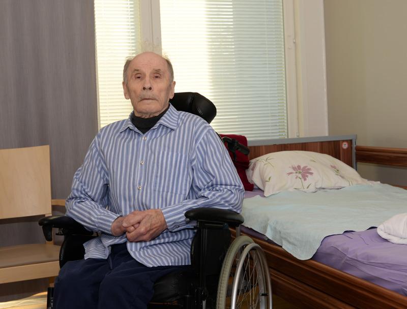 88-vuotias Lauri Hautala viihtyy Haapajärven arviointiyksikössä.