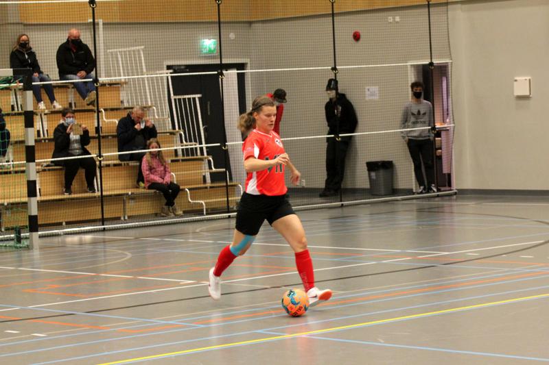 TU:n palkittu. Tea Tuomainen pelasi hyvän ottelun ja palkittiin kotijoukkueen parhaana.