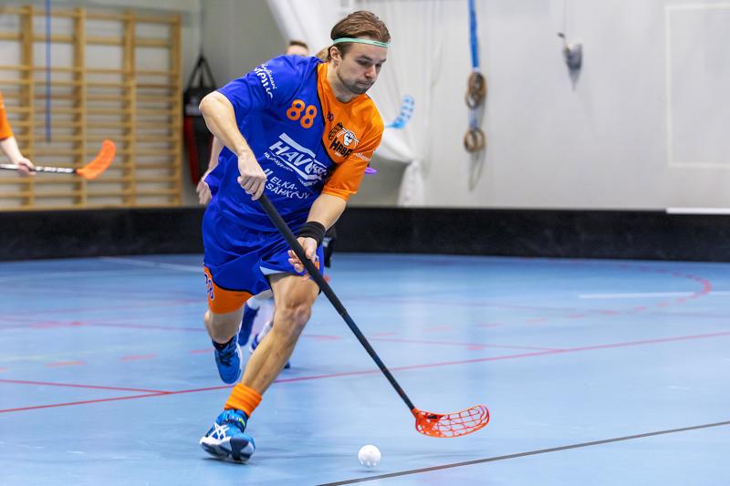 Mikael Kangasharju on tehtaillut kuudessa ottelussa tehot 9 2 ollen sarjan neljänneksi paras pistemies. Arkistokuva.