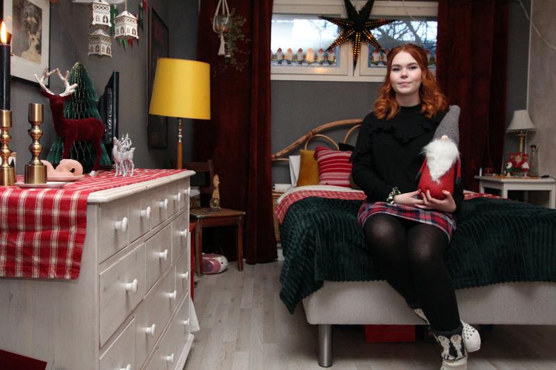 Sofia Väisäsen tuoksuva ja tunnelmallinen joulu alkaa lokakuussa ja päättyy helmikuussa.