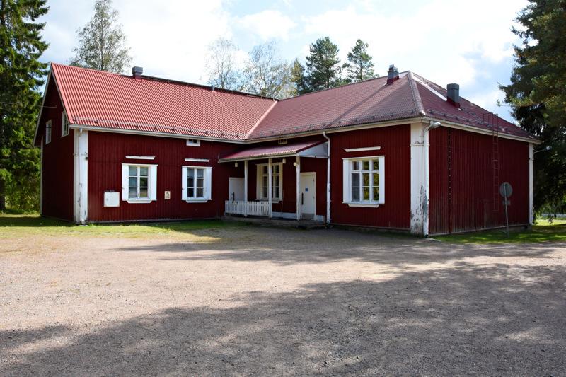 Vatjusjärven koululla aloitti syyslukukauden 35 oppilasta, javoppilasennusteen mukaan koulun ensi syksyn oppilasmäärä olisi 36.