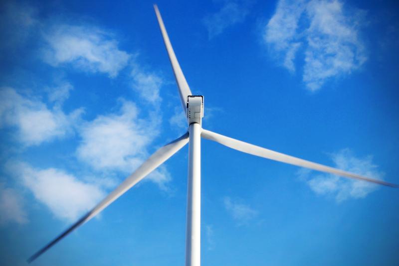 Vilkas tuulivoimakeskustelu jatkuu lukijoiden palstalla.