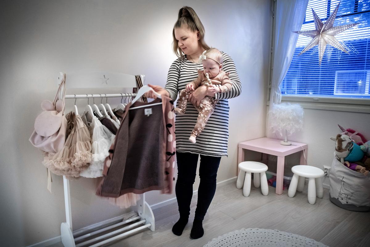 `Jotkut sanovat hyvin puettujen lasten olevan äidin mallinukkeja,...