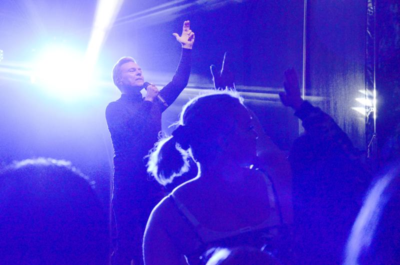 Ressu Redford on yksi ensi kesän Sun Pampasin esiintyjistä.