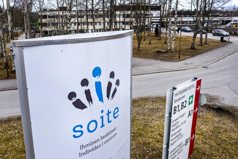 Keski-Pohjanmaan sairaanhoitopiirissä koronaepidemia on kiihtymisvaiheesssa mutta ministeriön ohjauksen mukaisesti suositukset ovat leviämisvaiheen tasoa.