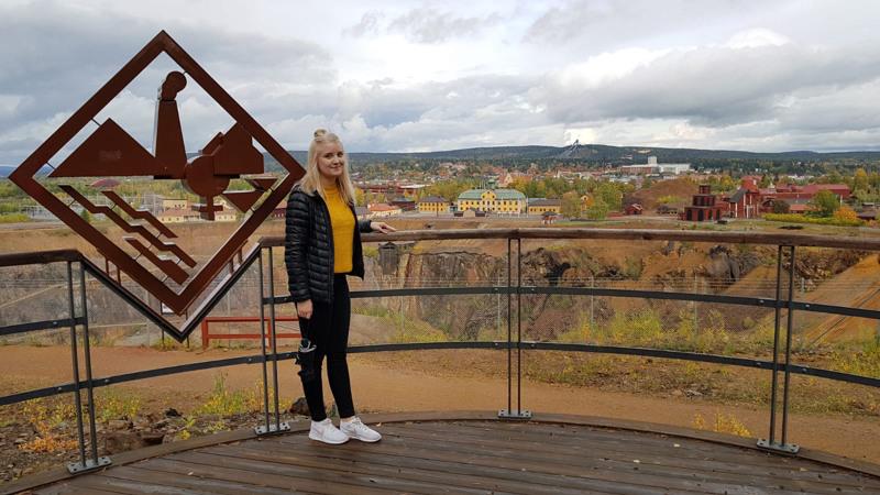 Laura Salonurmi asuu nykyään Ruotsissa.