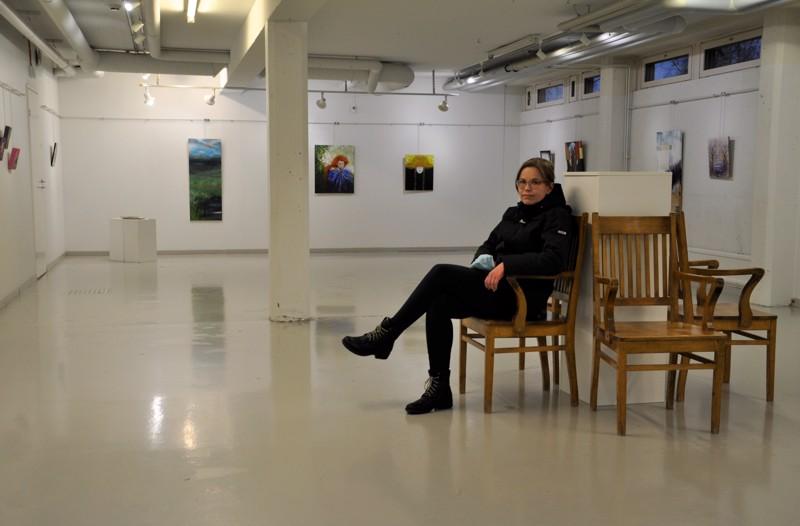 Kasvun paikka.  - Näyttely on jo täyttänyt sen tehtävän, että sain maalata, Miia Tiilikainen sanoo.