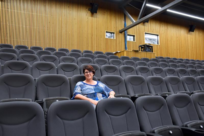 Kulttuuri- ja vapaa-aikajohtaja Anita Ohtamaa lähtee virkavapaalle uusiin haasteisiin.