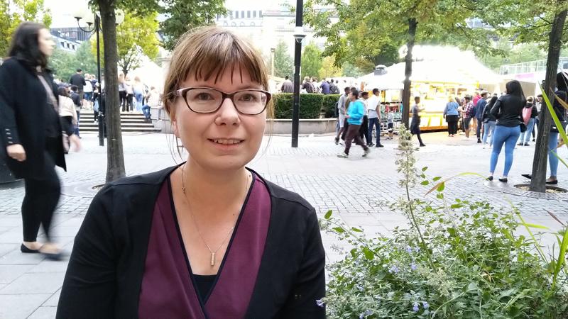 Marjaana Tahkokorpi asuu perheineen Tukholman lähellä.