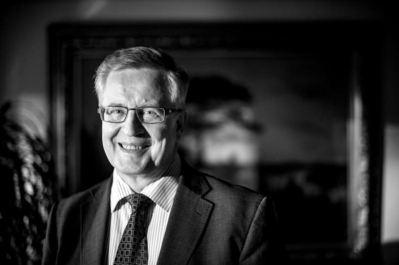 Hymyilevän herrasmiehen, Antti Isotaluksen, aika täyttyi itsenäisyyspäivänä.