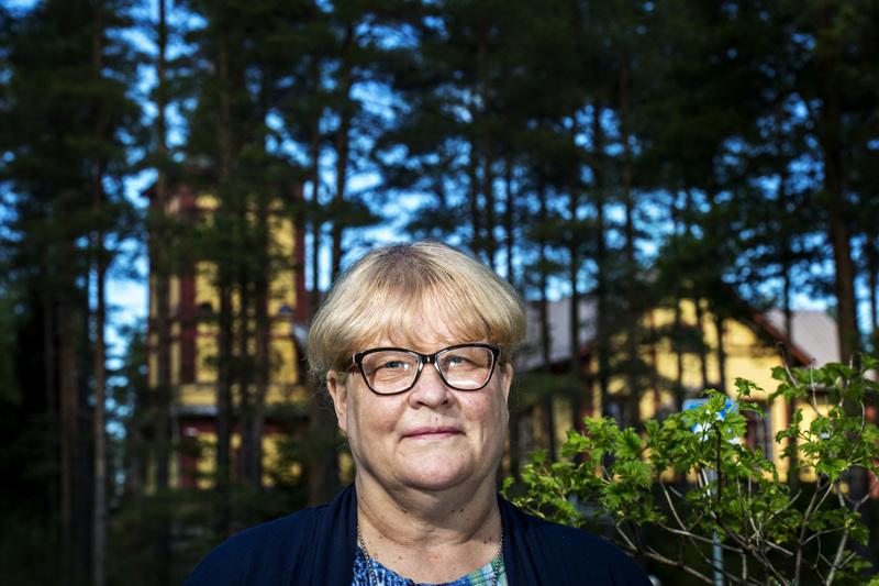 Anita Leppälä on työskennellyt Sievin seurakunnan palveluksessa 35 vuoden ajan. Hän siirtyy kirkkoherran tehtävästä kappalaiseksi heinäkuun alussa.