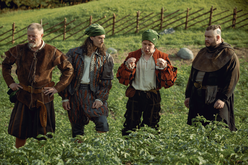 Perunasta asiaa valloittavassa kotimaisessa komediassa, pääosassa kansansuosikki Joonas Nordman.