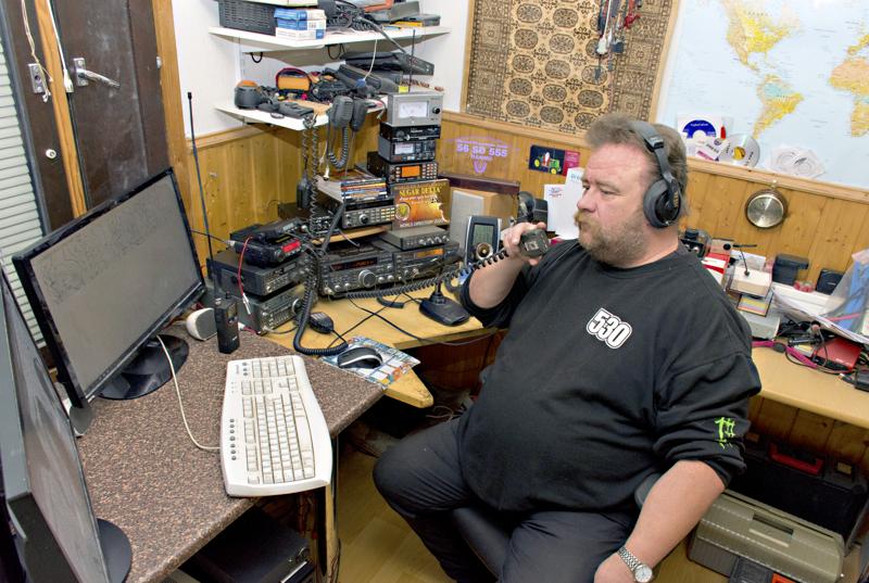 Kalajoen Hannu Tilus on valokuvauksen lisäksi LA-puhelinharrastaja.