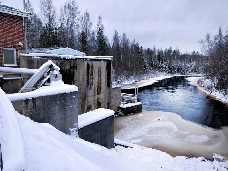 Långfors on yksi yhdeksästä voimalaitoksesta Ähtävänjoella akselilla Luodonjärvi-Evijärvi-Lappajärvi-Alajärvi.