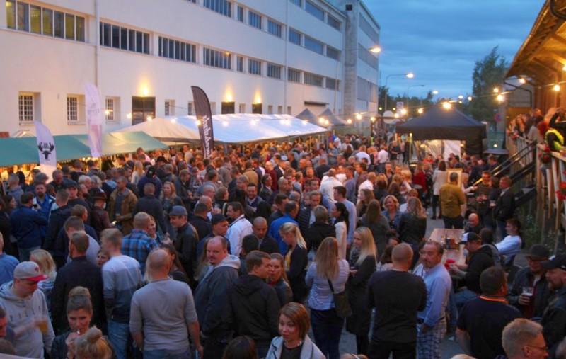 Olutfestivaalien lisäksi kaupunki saa nyt Viinijuhlat.