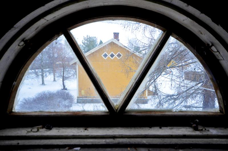 Näkymä Asemapäällikön talon vintiltä Kasarmin suuntaan.
