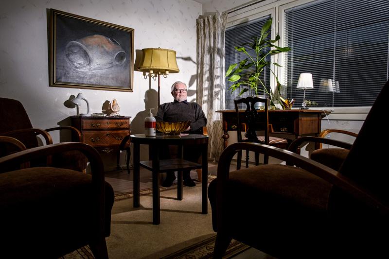 Virkatyön ohella psykoterapeutti Jussi Rytkönen on koko ajan pitänyt omaa vastaanottoa. Yksilö-, pari- ja perheterapian lisäksi hän on työskennellyt monenlaisen työnohjauksen parissa.
