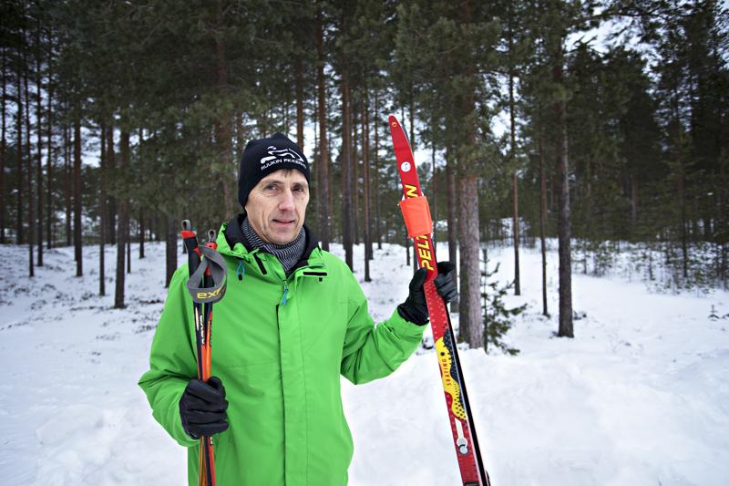 Sievin kunnanjohtaja Mauno Ranto muutti eläkepäiviensä kynnyksellä Kalajoen Hiekkasärkille. Sinne houkuttivat hyvät liikuntamahdollisuudet.