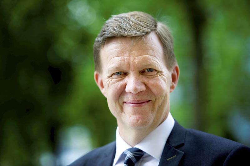 Maakuntajohtajanakin toiminut Jukka Ylikarjula asettuu ensimmäistä kertaa ehdolle poliittisissa vaaleissa.