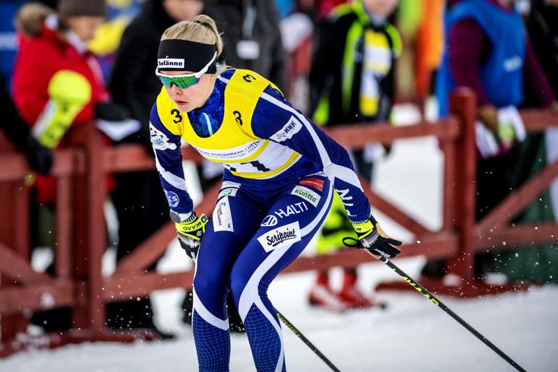 Kainuun Hiihtoseuran reisjärvinen Anni Alakoski hiihtää Lahden maailmancupissa kansallisessa ryhmässä.