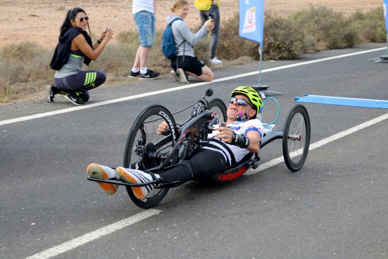 Parapyöräilijä Teppo Polvi sai 10 000 euron apurahan.