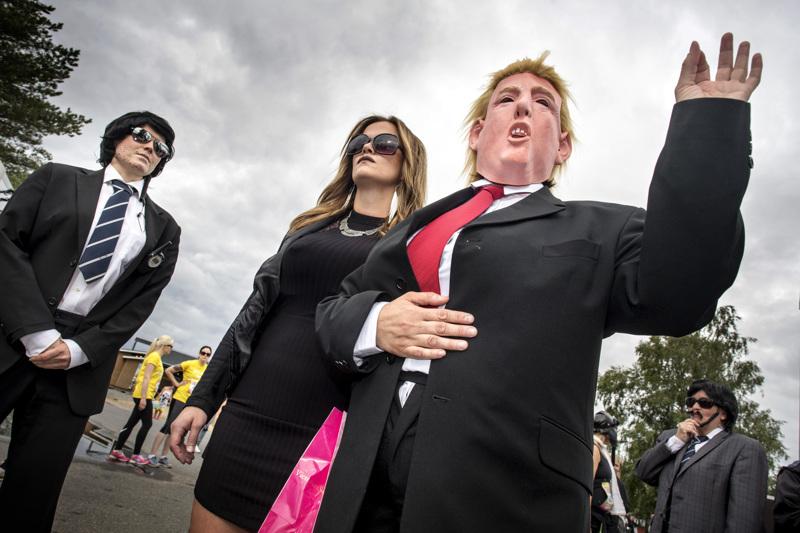 Donald Trumpin aika on ohi USA:n presidenttinä. Trump-hahmoja on nähty hänen presidenttikaudellaan Suomessakin, joskin lähinnä huumorimielessä. Kuva on Nice Run-tapahtumasta.