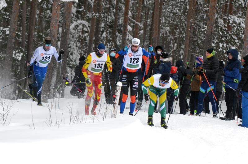Leevi Virkkala (124), Niilo Moilanen (133), Eelis Valikainen (123) ja Matti Korhonen veivät joukkueidensa viestiä avausosuudella.