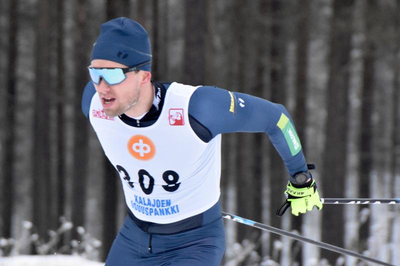 Joonas Sarkkinen olisi hiihtänyt mieluummin Lahdessa kuin Kalajoella.