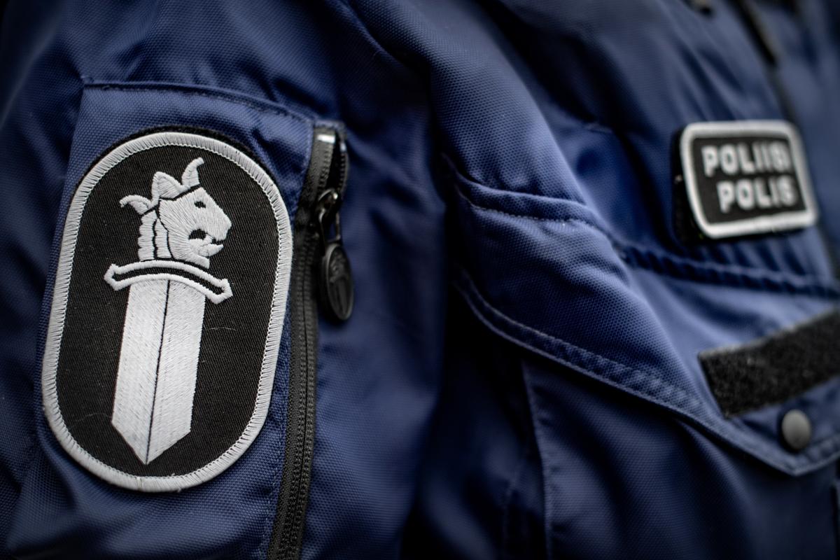 Poliisi tutkii perhesurmaa Oulussa  Äiti ja kaksi...