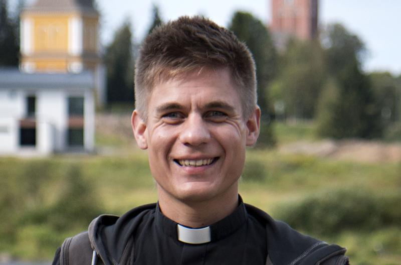 Olli Luhtaselasta on tulossa Sievin seuraava kirkkoherra.