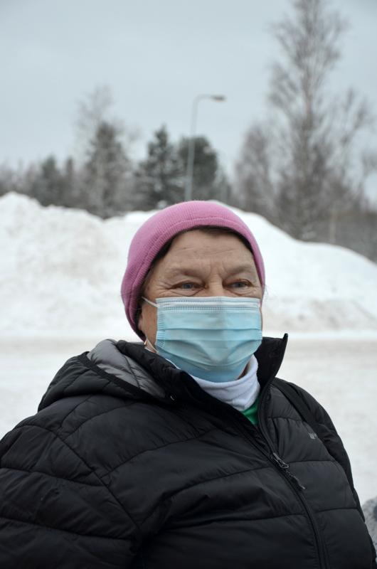 Marjatta Lamu, Toholampi- Pilkkiminen ja lenkkeily.
