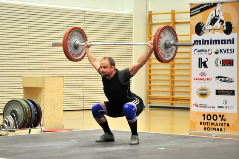 Mikko-Pekka Forsell voitti 81 kilon sarjan mestaruuden Lohtajalla lauantaina. Kuvassa Forsell viime vuonna Mainingissa järjestetyissä pm-kisoissa.