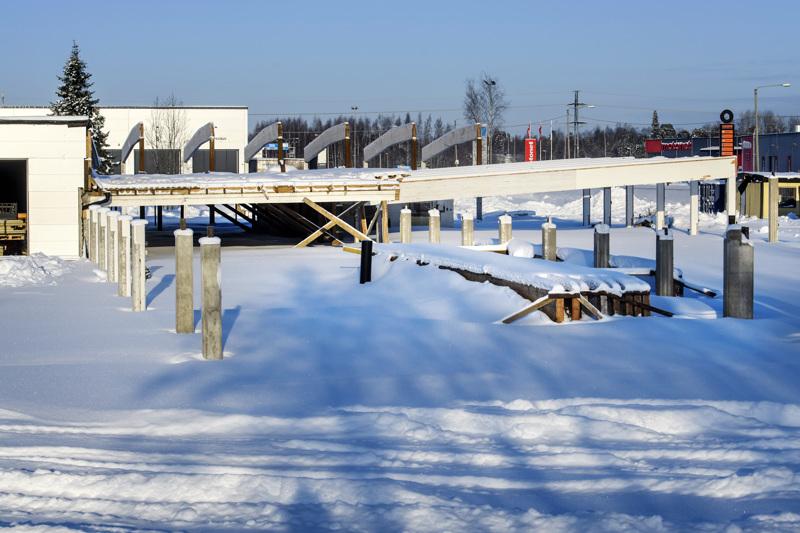 Työt entisellä Rukan tehtaalla ovat olleet seisahduksissa viime syksystä saakka.