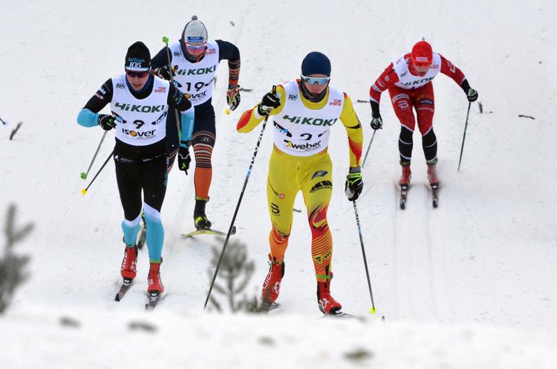 Pyhäjärven Pohti Ski Teamin Niilo Moilanen (2) päätti rankan viikkonsa SM-sprintin välieräpaikkkaan.