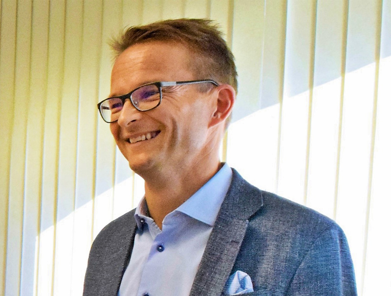 Norlicin toimitusjohtaja Cedric Frostdahl sanoo, että yritys sai viime keväänä useita yhteydenottoja kiinnostuneilta ostajilta.  - Pääsemme nyt mukaan rakentamaan Suomen suurinta tilitoimistoa tekemällä Rantalaisesta muun muassa toimialan suurimman ruotsinkielisen palveluntuottajan.