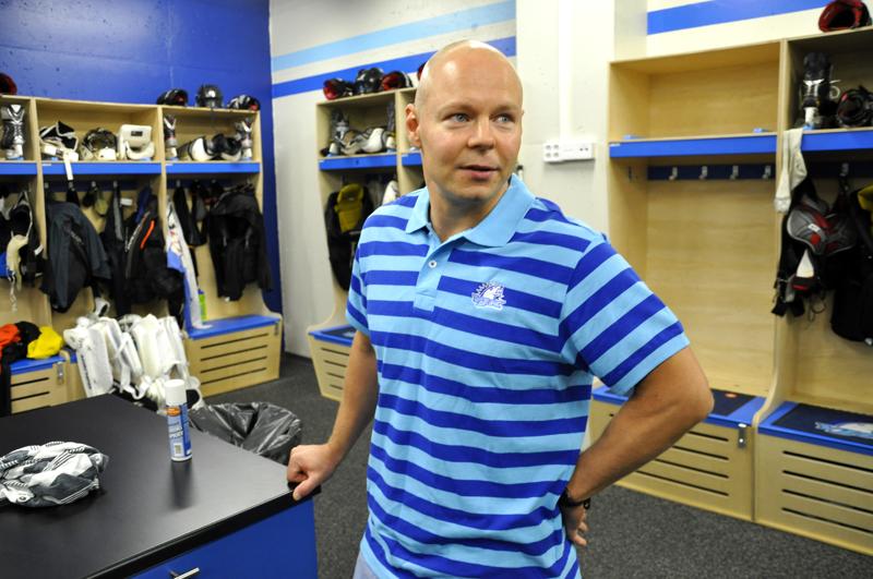 Välillä useamman vuoden Ylivieskan Jääkarhuissa pelannut Sami Markkanen palasi taas JHT:n peliasuun.
