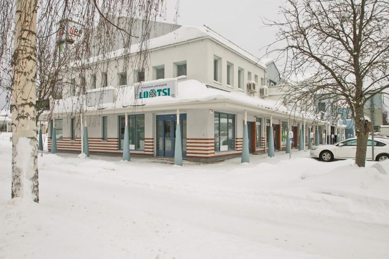 Uuteen kahvilaan tulee sisälle viitisentoista asiakaspaikkaa. Huoneisto on ollut aiemmin palvelupiste Luotsin käytössä.