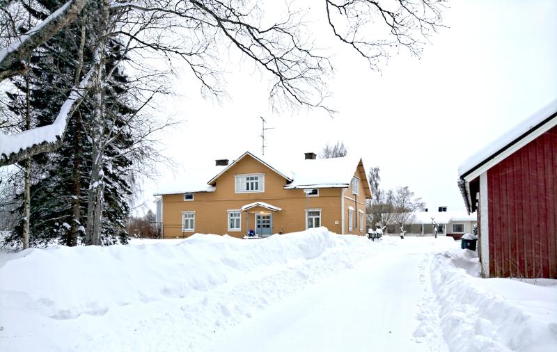 Räyringissä sijaitsevassa Onnelassa on aikoinaan toiminut kunnantoimisto. Nykyään rakennuksessa on asuinhuoneistoja.