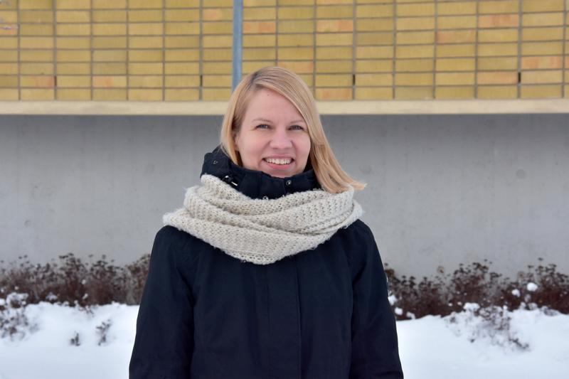 Uusi kasvo. Johanna Prokkolan toimisto sijaitsee Kannuksen kaupungintalolla.