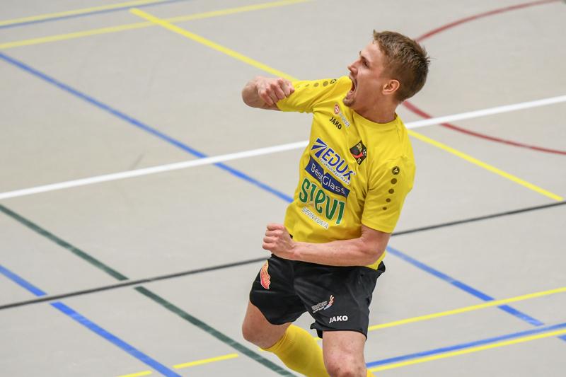 Jarmo Junno vastasi Sievi FS:n ensimmäisen jakson osumista.