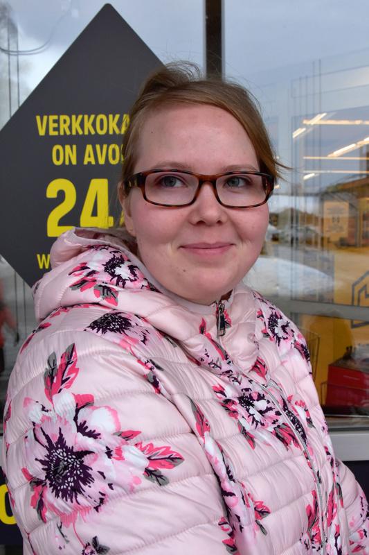 Marinka Yrjänä, Himanka-Ei. Yritän karttaa tehokkaasti.