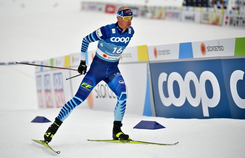 Perttu Hyvärinen oli yllättäen paras suomalainen miesten 15 kilometrin hiihdossa.