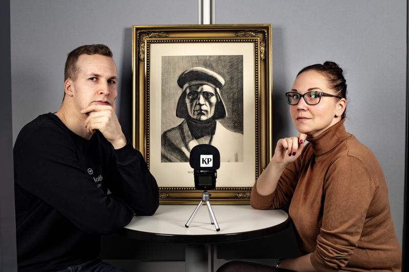 Pilkunviilaajien podcastia tekevät Keskipohjanmaan toimittaja Vili Ruuska ja KPK Median digipäällikkö Anniina Jeskanen. Viilaajien ensimmäinen jakso kuullaan torstaina.