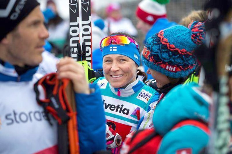 Ex-huippuhiihtäjä Aino-Kaisa Saarisen mukaan hiihdovinkkejä tulevat myös häneltä kyselemään uudet ihmisryhmät.