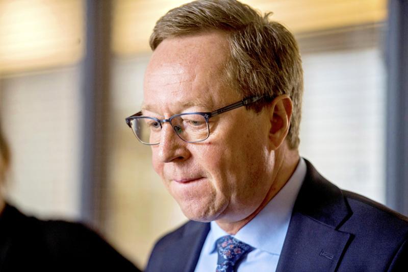 Elinkeinoministeri Mika Lintilän mielestä kuntavaalien siirtäminen oli oikea ratkaisu.