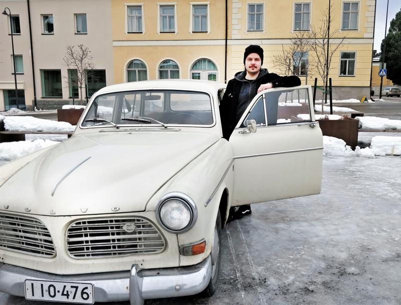 Björn Holmin Volvo on farmarimallinen Amazon  vuodelta 1967.