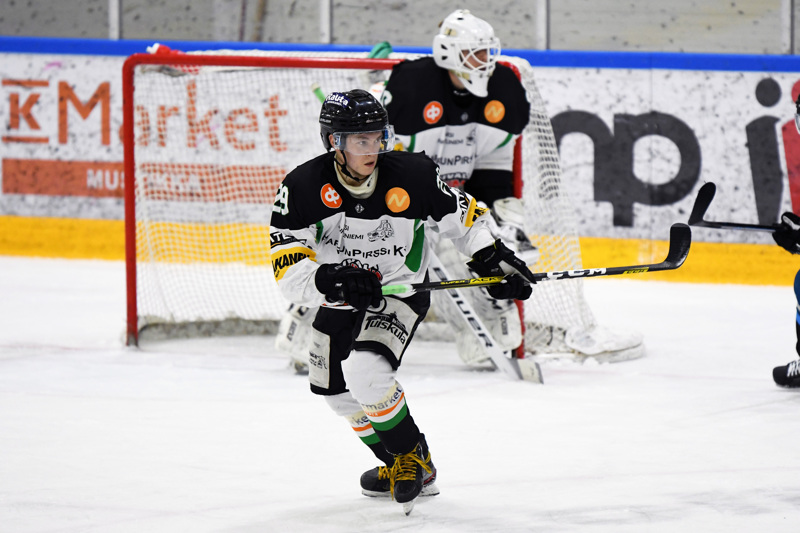 Ville Peltomaa palasi tehokkaasti kaukaloon pitkän pelikiellon jälkeen saalistaen tehot 1+5.