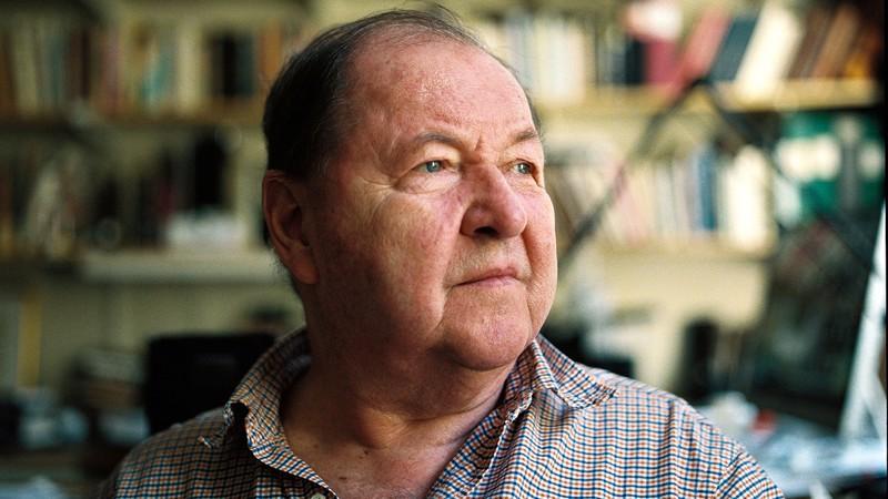 Roy Andersson, 77, aikoo pitää Tukholman-studionsa käynnissä, vaikka filmin Kohti ääretöntä piti jäädä ohjaajan viimeiseksi.